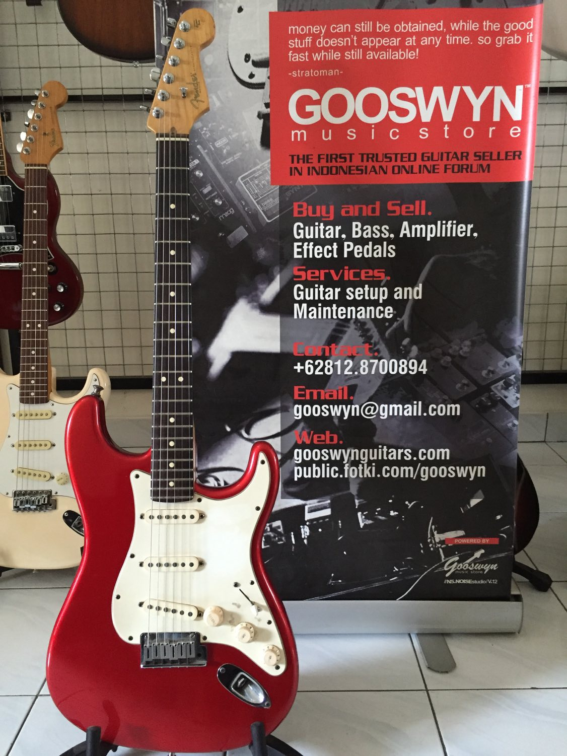 SOLD !! ** 2002 FENDER USA AMERICAN STANDARD STRATOCASTER CANDY ...