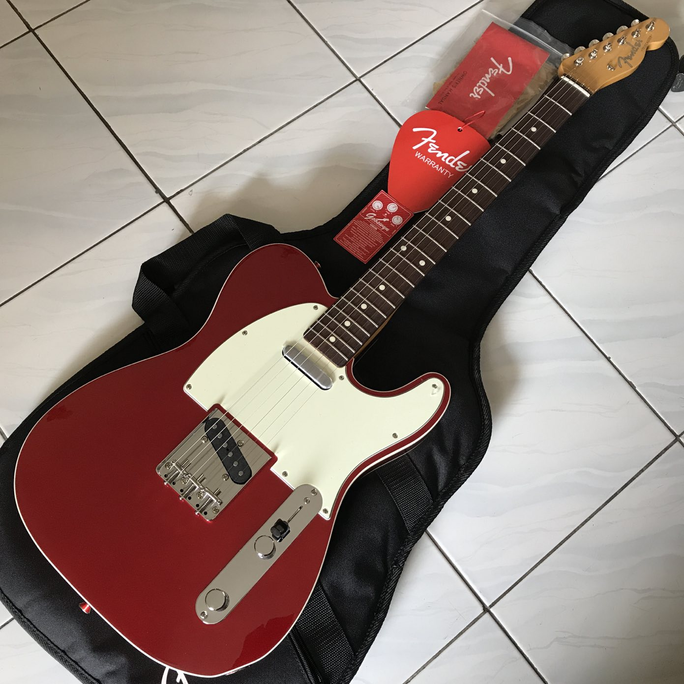 no stock fender japan exclusive classic 60 39 s telecaster custom candy apple red. Black Bedroom Furniture Sets. Home Design Ideas